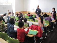 H28.12彦名小見学研修室